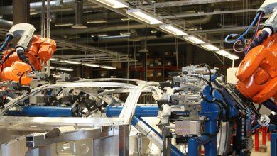 Foto de Robôs industriais substituem homens em tarefas perigosas