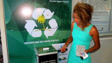 Foto de Ministérios promovem reciclagem de cartões de plástico